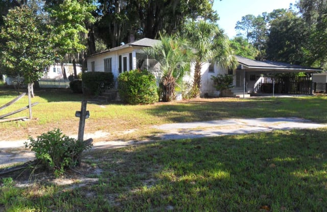 211 SW MCFARLAND AVE - 211 Southwest Mcfarlane Avenue, Lake City, FL 32025