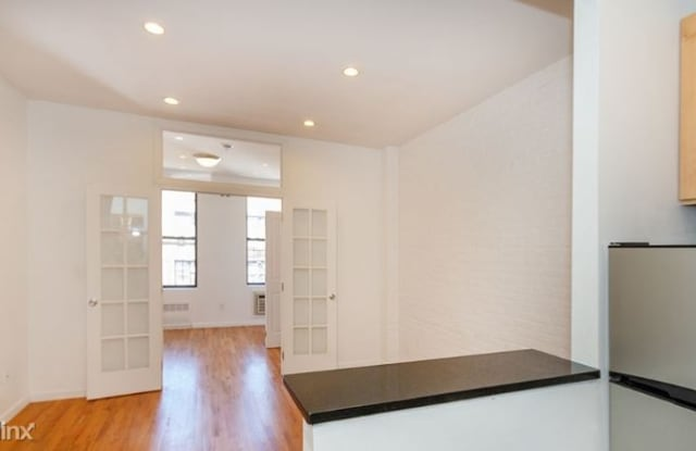 430 E 89th St - 430 East 89th Street, New York, NY 10128