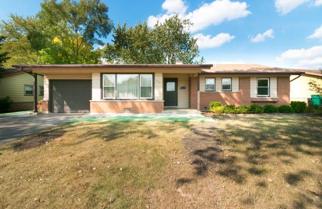 274 Brookhaven Drive - 274 Brookhaven Drive, Elk Grove Village, IL 60007