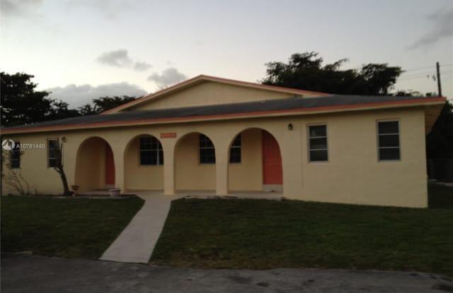 4065 SW 51st St - 4065 Southwest 51st Street, Dania Beach, FL 33314