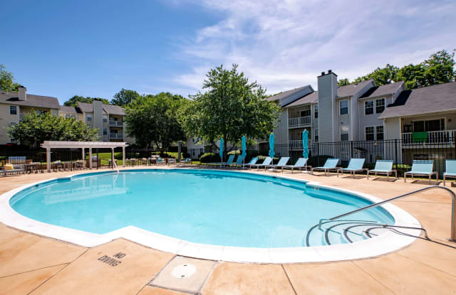 Clarys Crossing - 11311 Little Patuxent Pkwy, Columbia, MD 21044