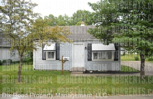 302 S First - 302 South 1st Street, Trenton, OH 45067