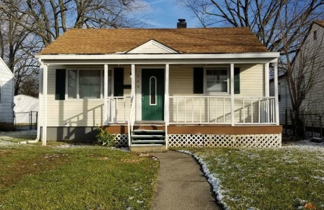 709 S Grand Ave - 709 South Grand Avenue, Indianapolis, IN 46219