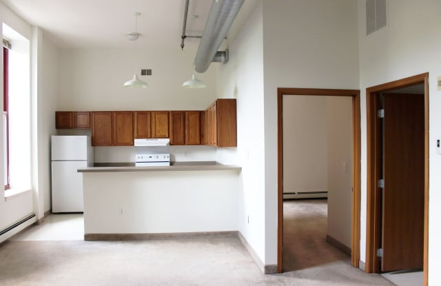 Straus Lofts - 350 Sibley St, St. Paul, MN 55101
