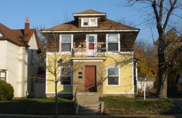 944 No Security Deposit Required - 944 Eastern Avenue Southeast, Grand Rapids, MI 49507