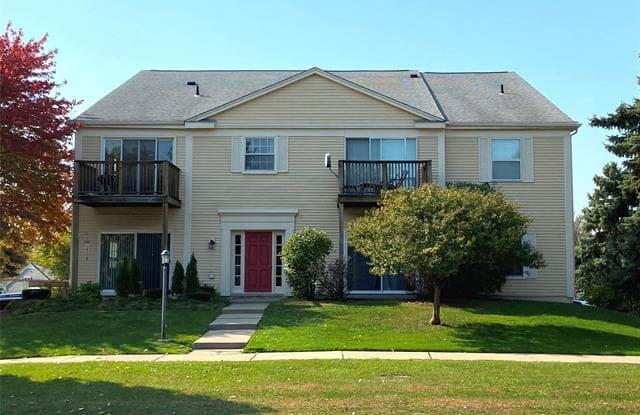 816 BLOOMFIELD VILLAGE Boulevard - 816 Bloomfield Village Boulevard, Auburn Hills, MI 48326