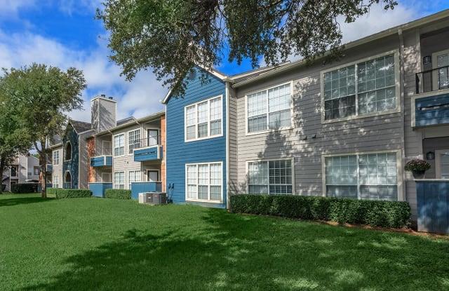 Huntington Meadows - 2311 Stratton Lane, Arlington, TX 76006
