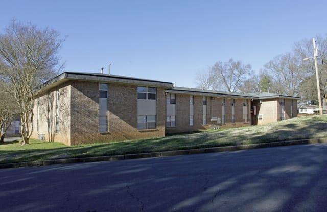Oak Hollow - 802 S York Ave, Rock Hill, SC 29730