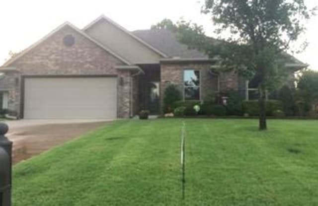 1234 Edinburgh - 1234 Edinburg Drive, Oklahoma City, OK 73099