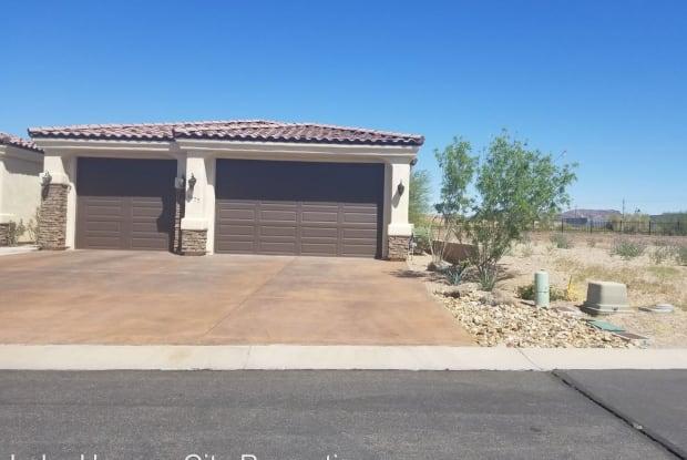 1977 E Troon Dr - 1977 East Troon Drive, Desert Hills, AZ 86404