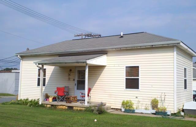 208 Lindsey St - 208 Lindsey Street, Burlington, NC 27217