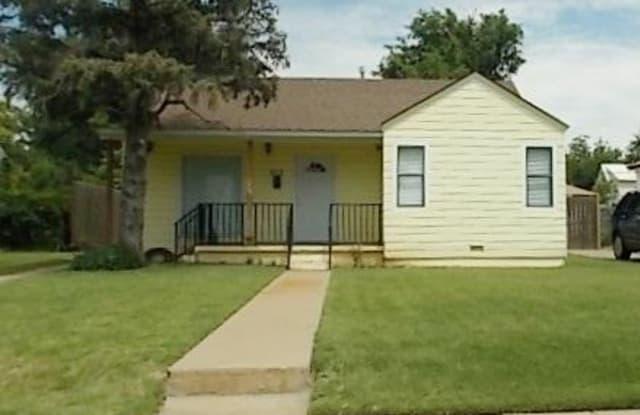 913 FANNIN ST - 913 South Fannin Street, Amarillo, TX 79102