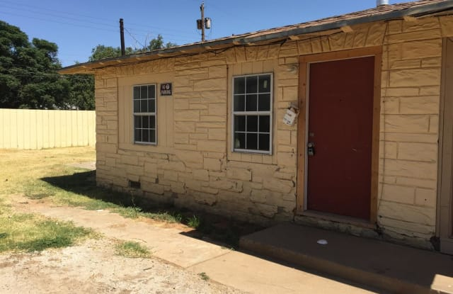 1120 33rd Street - 1120 33rd Street, Lubbock, TX 79411