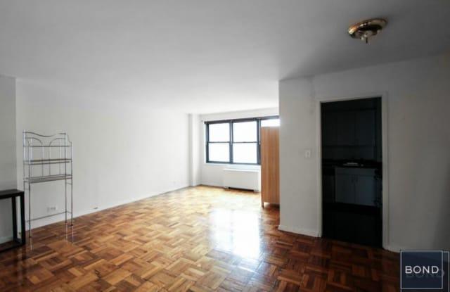 96 FIFTH AVENUE - 96 5th Ave, New York, NY 10011