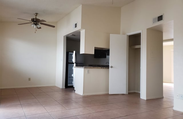 13605 N. 20th Street - unit 5 - 13605 North 20th Street, Phoenix, AZ 85022
