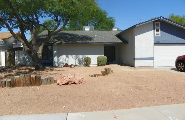 6032 N 77th Place - 6032 North 77th Place, Scottsdale, AZ 85250