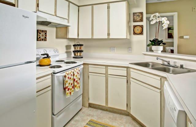 Breckenridge Apartment Homes - 11000 -16th Ave SE, Everett, WA 98208