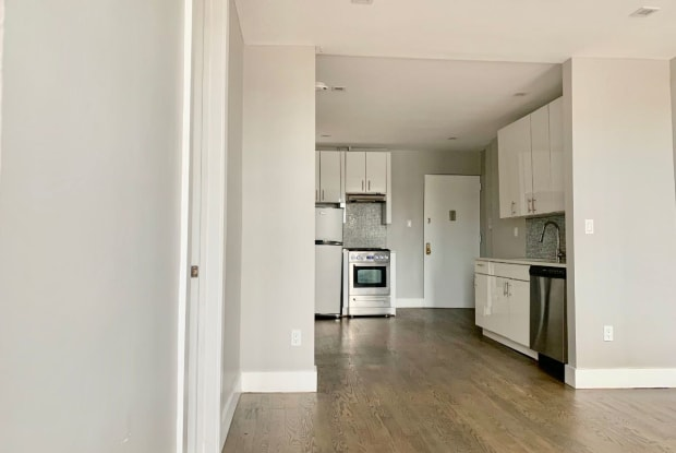 322 E 126th St - 322 East 126th Street, New York, NY 10035