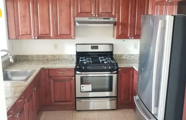 850 Grand Ave Unit 302 - 850 Grand Avenue, New Haven, CT 06511