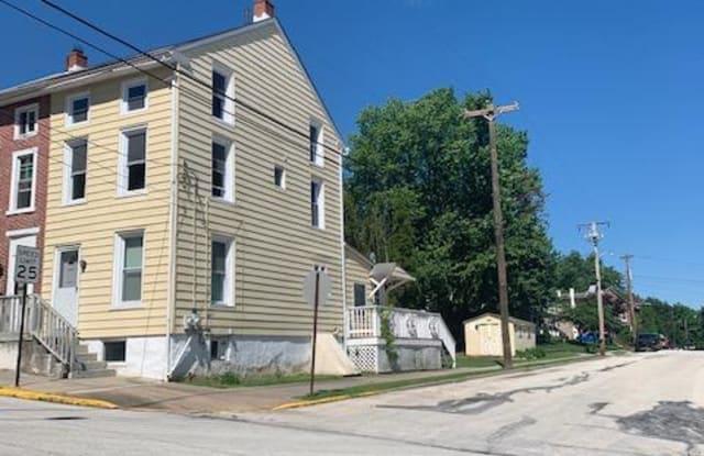 201 WALNUT STREET - 201 Walnut Street, Spring City, PA 19475