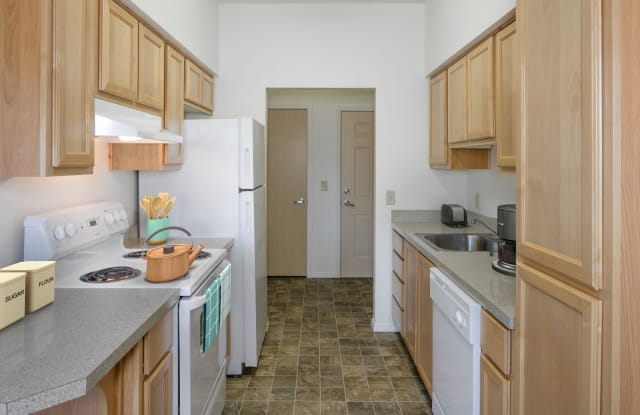 Timberhill Meadows - 2600 NW Century Drive, Corvallis, OR 97331