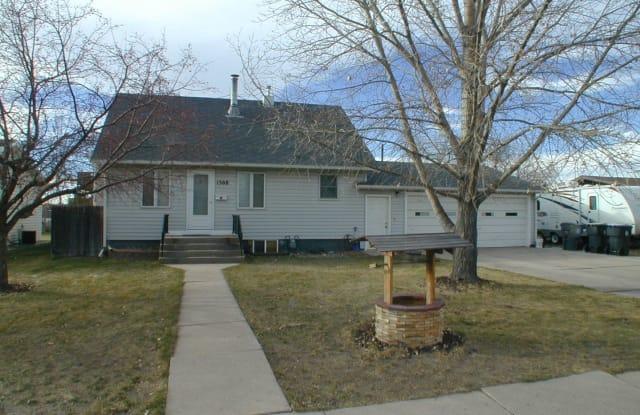 1308 Diamond Ave - 1308 Diamond Avenue, Cheyenne, WY 82001