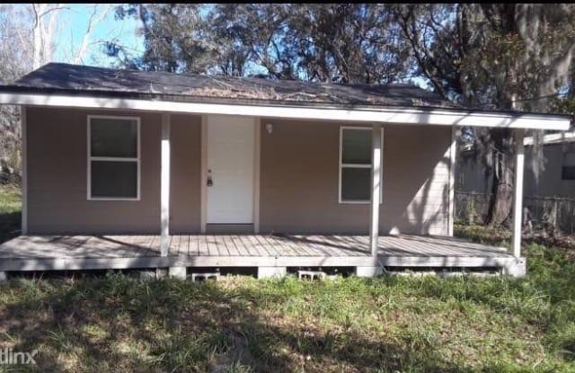 6449 Bluebird Rd - 6449 Bluebird Road, Jacksonville, FL 32219