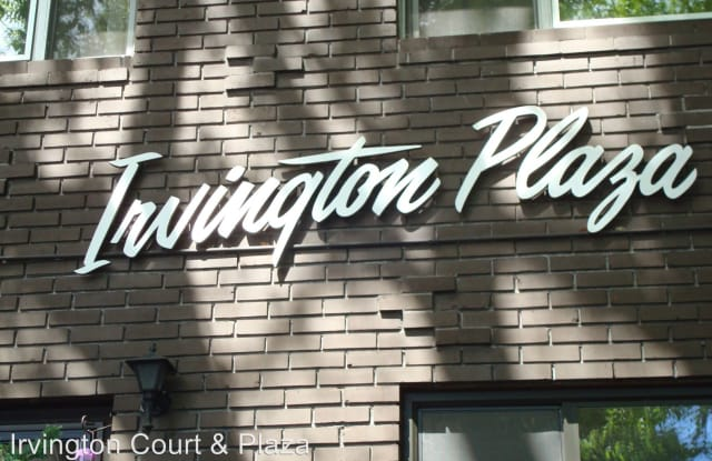 Irvington Plaza - 1902-1944 Northeast 17th Avenue, Portland, OR 97212