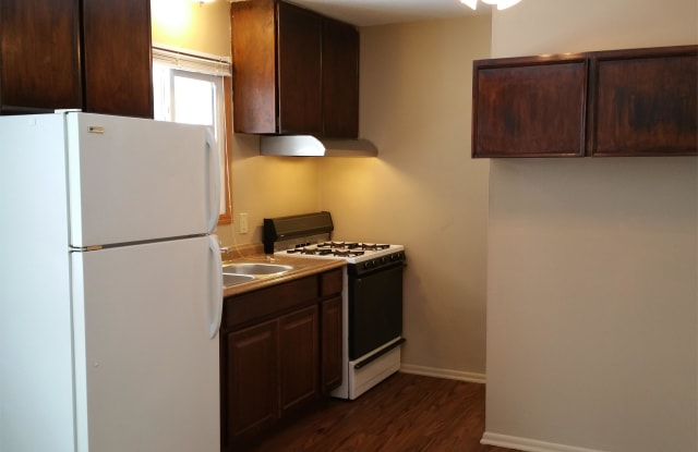 902 Luther Place Apt 5 - 902 Luther Place, Albert Lea, MN 56007