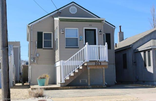313 Hiering Avenue - 313 County Road 20, Seaside Heights, NJ 08751