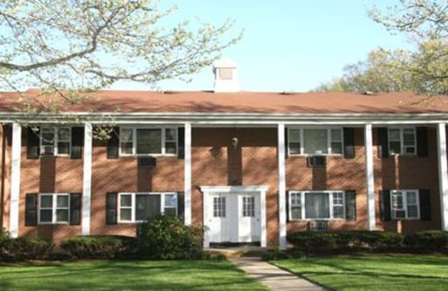 Bayberry Gardens Apartments - 107 Rivervale Ct, Union County, NJ 07076