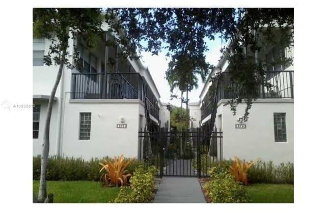 974 BIARRITZ DR - 974 Biarritz Drive, Miami Beach, FL 33141