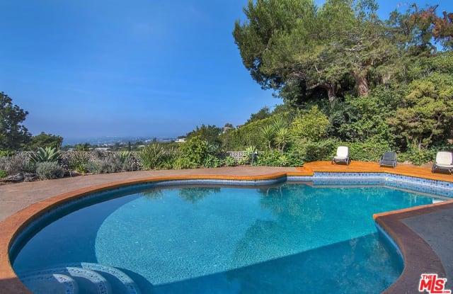 1835 LOMA VISTA Drive - 1835 Loma Vista Drive, Beverly Hills, CA 90210