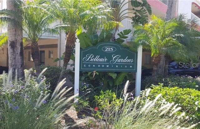 215 VALENCIA BOULEVARD - 215 Valencia Boulevard, Belleair Bluffs, FL 33770