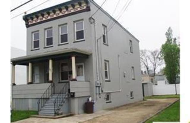 29 Mckinley Street - 29 McKinley Ave, Carteret, NJ 07008