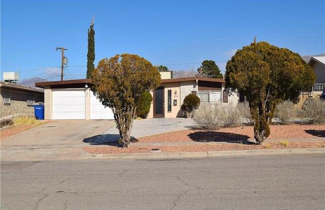 525 MARTHMONT Way - 525 Marthmont Way, El Paso, TX 79912