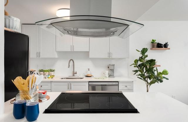 Porchlight Apartments - 32905 19th Pl S, Federal Way, WA 98003