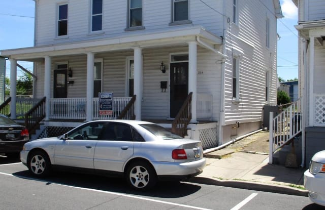 254 S MULBERRY STREET - 254 South Mulberry Street, Hagerstown, MD 21740