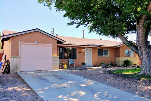 1000 Luthy Cir NE - 1000 Luthy Circle Northeast, Albuquerque, NM 87112