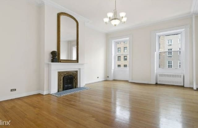 440 W 22nd St 2F - 440 W 22nd St, New York, NY 10011