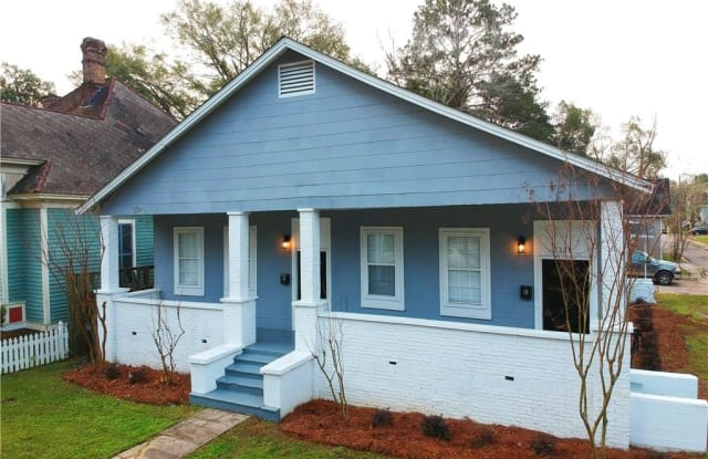 1323 OLD SHELL ROAD - 1323 Old Shell Rd, Mobile, AL 36604