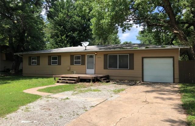 7332 W Quail Ln - 7332 Quail Street, Wichita, KS 67212