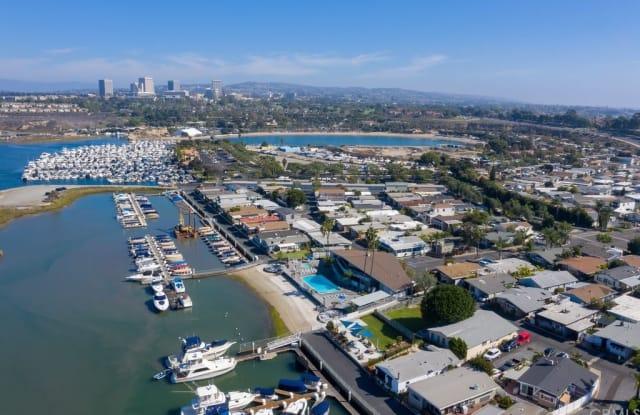 10 Saratoga - 10 Saratoga, Newport Beach, CA 92660