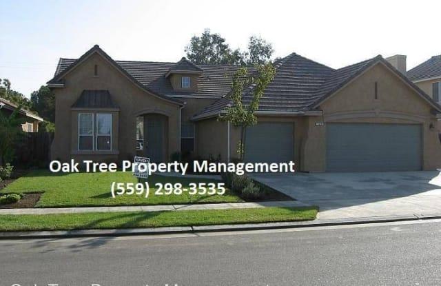 565 Greenfield - 565 Greenfield Ave, Clovis, CA 93611