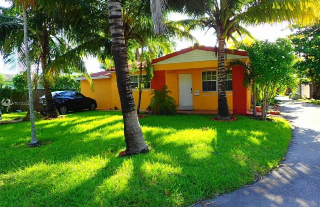 918 S 29th Ave - 918 South 29th Avenue, Hollywood, FL 33020