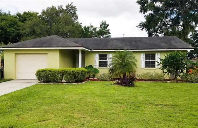 1895 W OAKWOOD LOOP - 1895 East Oakwood Loop, Bartow, FL 33830