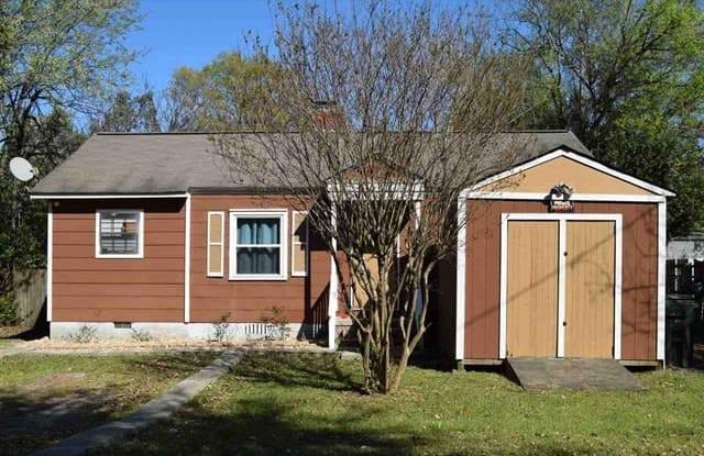 628 Miller Dr - 628 Miller Drive, Warner Robins, GA 31093