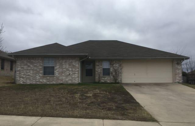 2504 Southwood Dr - 2504 Southwood Drive, Killeen, TX 76549