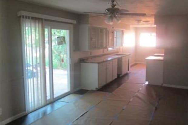 1039 S Idlewild Drive - 1039 South Idlewild Drive, Sherman, TX 75090