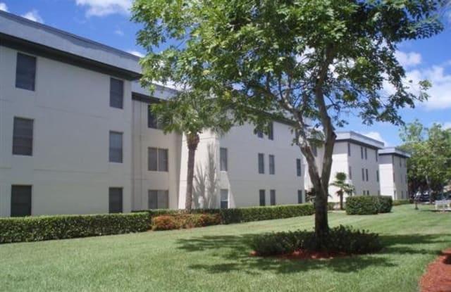 Cambridge Square Of Hollywood - 6741 Johnson St, Hollywood, FL 33024